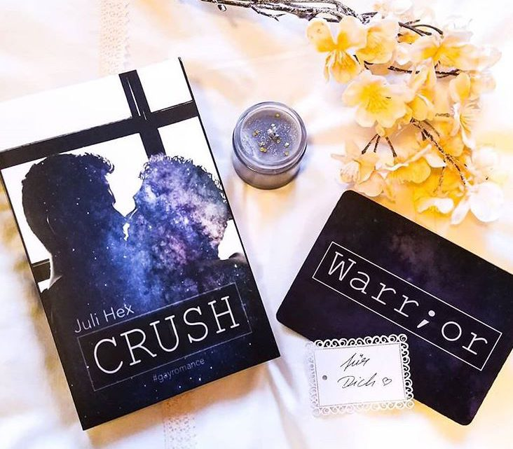 Rezension: »Crush« von Juli Hex