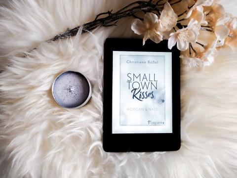 Rezension: »Small Town Kisses« von Christiane Bößel
